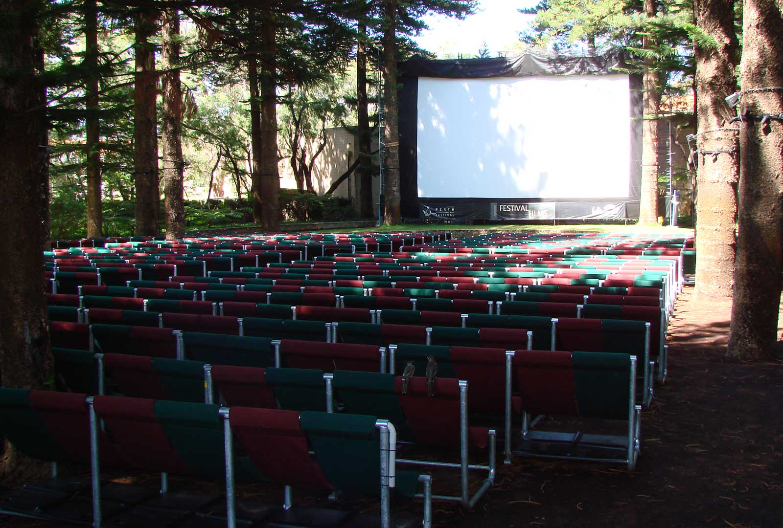 Feature Seating